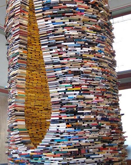 本で作ったタワー02