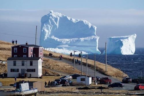 巨大な流氷の画像(2枚目)