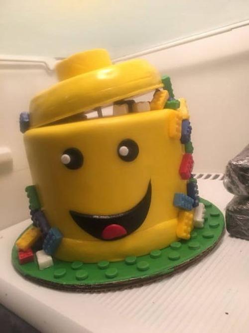 面白くて変わったケーキの画像(2枚目)