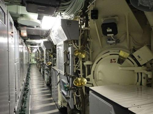 原子力潜水艦の内部の画像(16枚目)