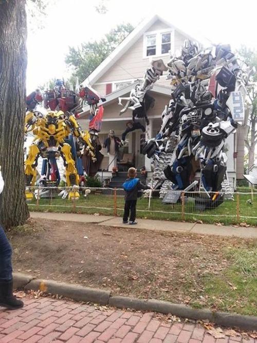 【画像】ちょっと次元の違う怖すぎるハロウィンの装飾の数々!!の画像(5枚目)