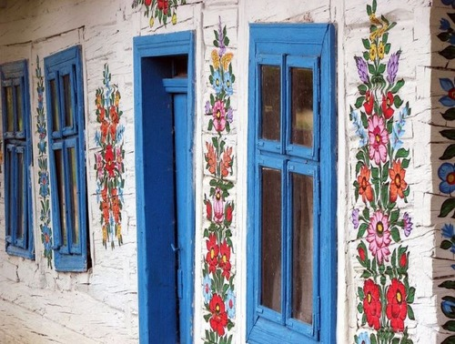 お花がプリントしてある可愛い家の画像(30枚目)