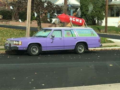 狂った感じのカスタムの自動車の画像(5枚目)