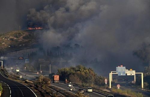 フランスのマルセイユの山火事の画像(18枚目)