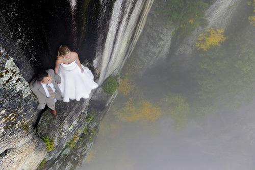 【画像】結婚式も凄い!エクストリームウェディング!!の画像(1枚目)