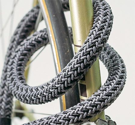 縄でできた自転車のワイヤーロックの画像(2枚目)