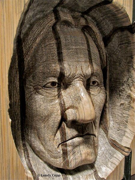 【画像】本の中に人の顔!本を使った彫刻のアートが凄い!!の画像(9枚目)