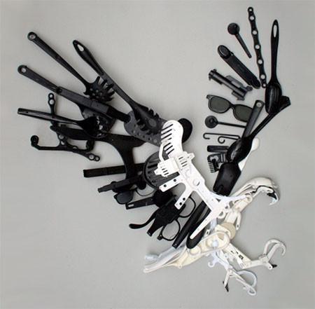 プラスチックのリサイクルで作った動物の画像(3枚目)