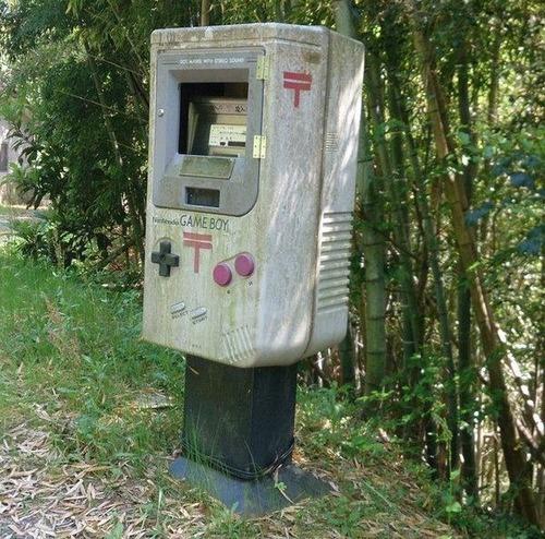 【画像】手紙を入れたくなったり入れたくなくなったりする面白い郵便ポストの数々!!の画像(1枚目)