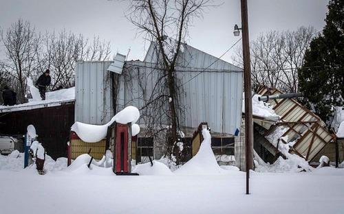 【画像】大雪のニューヨークで日常生活が大変な事になっている様子!の画像(34枚目)