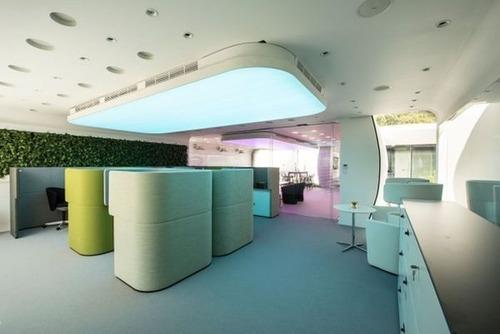 【画像】世界初!3Dプリンターで製作されたオフィス!!の画像(3枚目)