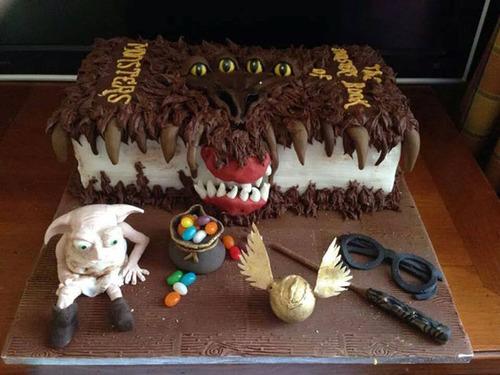【画像】素晴らしすぎて食欲は起きないアートなケーキが凄い!!の画像(8枚目)