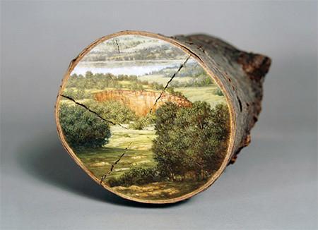 木の年輪に描かれた絵04