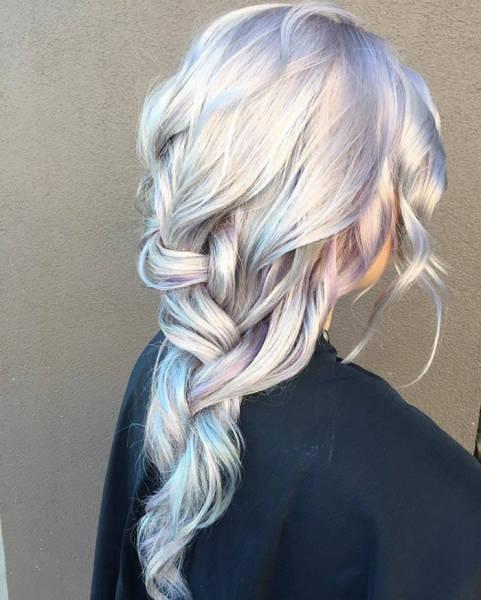 虹のような髪の毛の女の子の画像(7枚目)