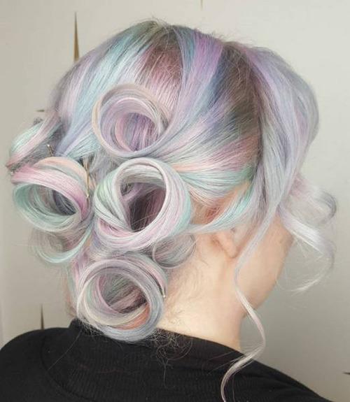 虹のような髪の毛の女の子の画像(5枚目)