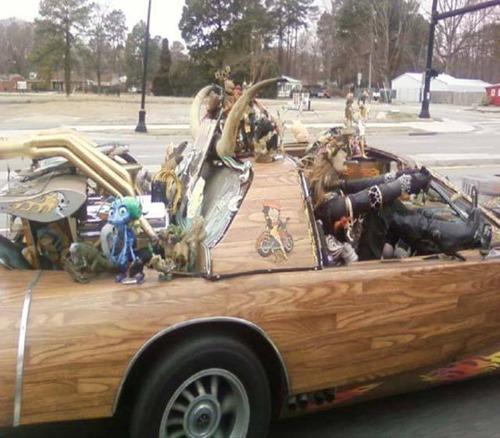 ダメなカスタムをしている自動車の画像(4枚目)