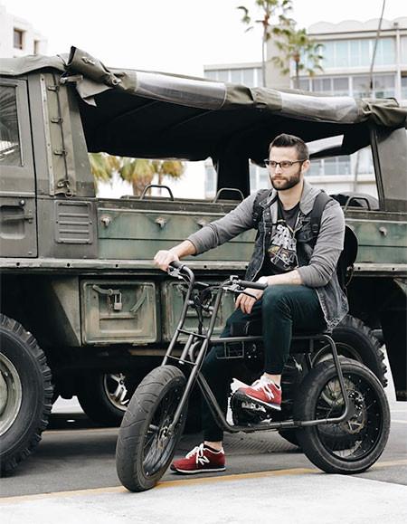 【画像】気分はアウトロー!バイクのように乗れる電動自転車!!の画像(17枚目)