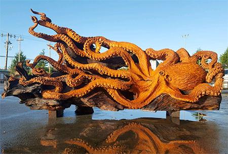 タコの彫刻03