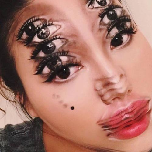 顔面が崩壊しているフェイスペイントの画像(12枚目)