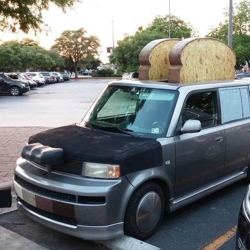かなりカオスな自動車のカスタム画像の数々!!の画像(9枚目)