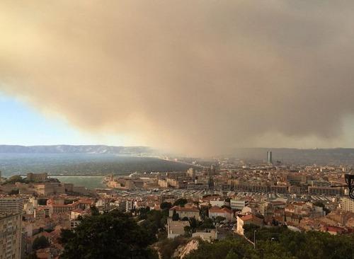 フランスのマルセイユの山火事の画像(19枚目)