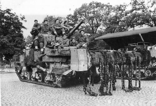 撤去は大変…昔の地雷処理戦車の画像の数々!!の画像(2枚目)