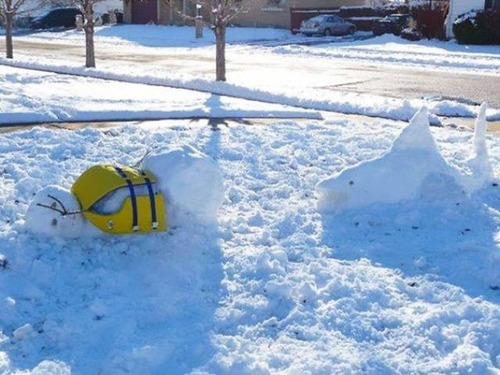 面白い雪だるまの画像(9枚目)