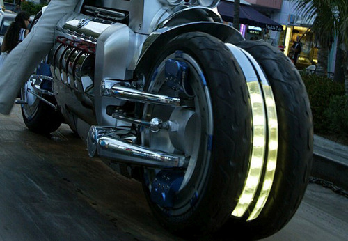 世界に10台5500万円のバイク!ダッジ・トマホークがやっぱり凄い!!の画像(17枚目)