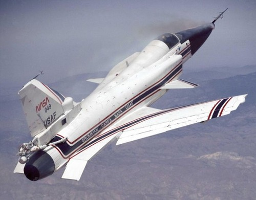 飛ぶのが不思議!面白い形の飛行機の画像の数々!!の画像(15枚目)