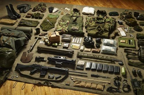 大昔から現在の兵士の装備を並べた画像がかっこよくて心ときめくwwwの画像(12枚目)