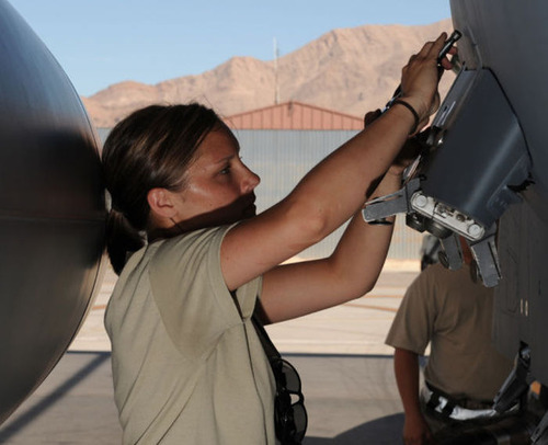 (美人が多目)働く兵隊の女の子の画像の数々!の画像(27枚目)