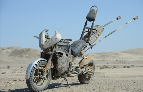 【画像】映画マッドマックスに出ていたバイクが凄い事になっている!の画像(9枚目)