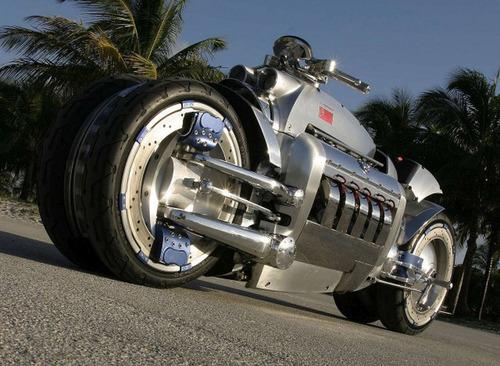 世界に10台5500万円のバイク!ダッジ・トマホークがやっぱり凄い!!の画像(11枚目)