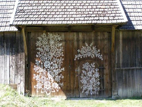 お花がプリントしてある可愛い家の画像(9枚目)