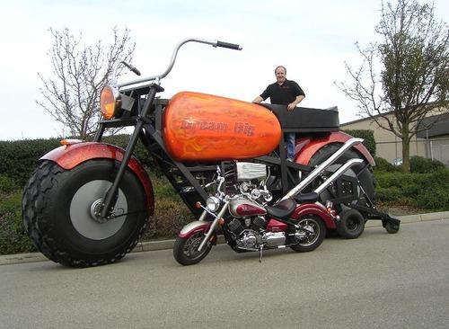 サイドカー付きバイク