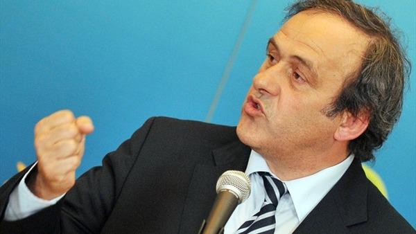 プラティニ会長、イエローカードに代わる制度を提案