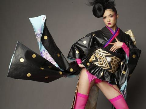 emiri-miyasaka-national-costume-2