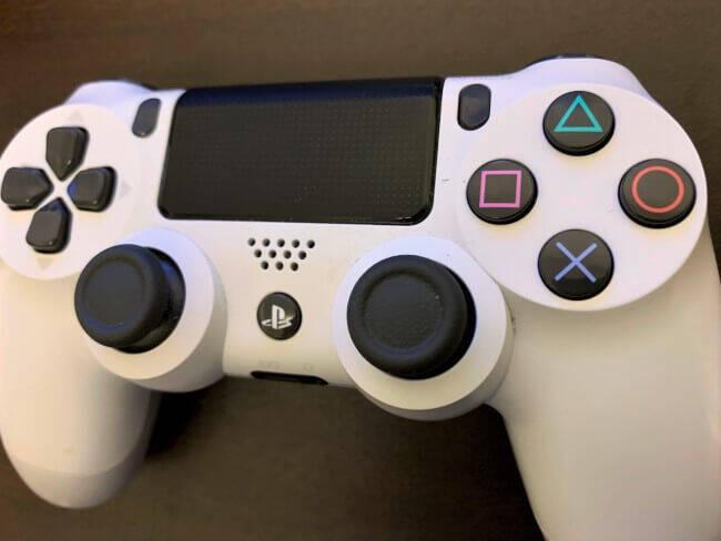 PS4の純正コントローラーが品薄で難民発生 年末のPS5発売が影響してる?