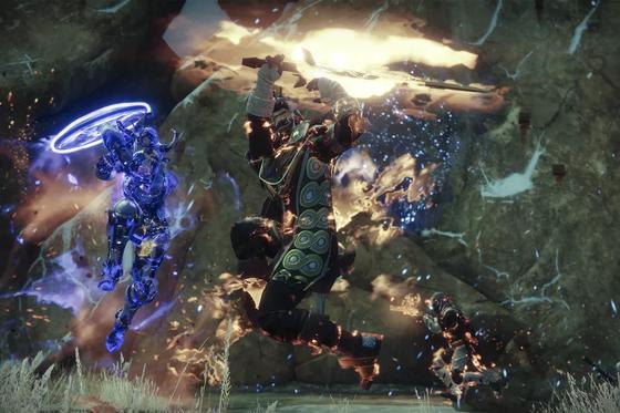 destiny_2_the_dawning_warlock_vs_titan_3840.0