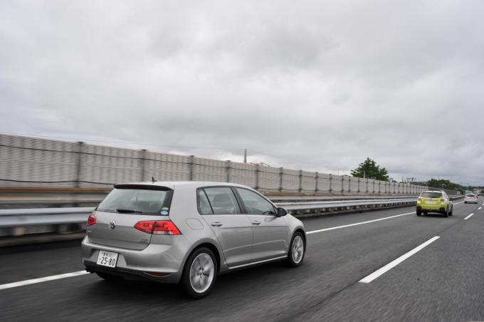 一般道はサーキットより危険! 車雑誌「速度が遅ければ安全は間違い。遅ければ緊張感が薄れ事故る」・・・制限速度を守るだけではダメなの?
