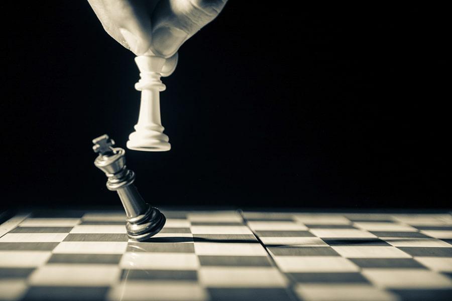 【悲報】チェスの「白・黒」は人種差別! YouTube、AIが誤判定しチャンネルをBANしてしまう