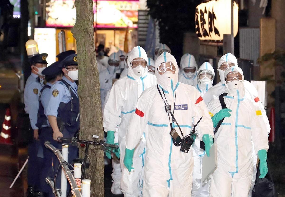 【画像】歌舞伎町ホストクラブを家宅捜索する警察官がこちら、ヤバすぎてワロタ! フルアーマー枝野登場