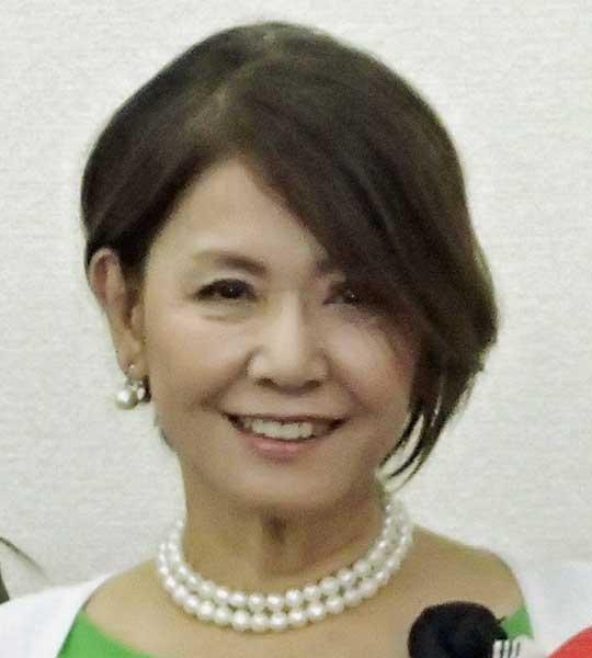 """""""一番綺麗なゆり子"""" ひし美ゆり子(73) 階段から転落し歯が割れる「早く美味しいもの食べたい」"""