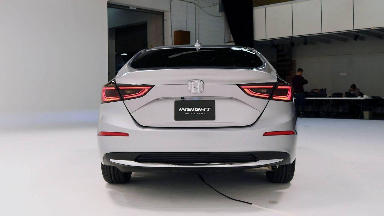 新車速報 Car Drive : ホンダ 新型インサイトのプロトタイプ公開