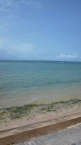 遠くに見えるは竹富島
