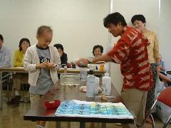 モダシさんの〈お楽しみ科学実験ライブ〉蒸気船の実験