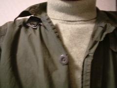 ユニクロタートルネックセーター,1990円也。