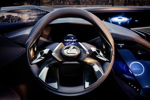 Lexus-UX-crossover-concept-2016-Paris-Auto-Show-steering-wheel