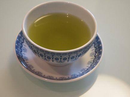 新茶とこごみ