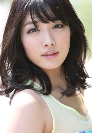 anna_konno_300-434